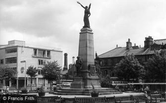 Keighley, the War Memorial c1960