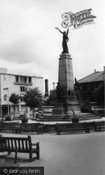 Keighley, The War Memorial c.1960