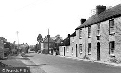 Castle Street (Birth Place Of Actor Henry Irving) c.1955, Keinton Mandeville