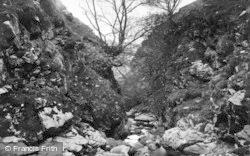 Keld, Swinner Gorge c.1932