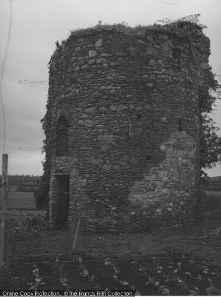 Photo of Kells, Walter De Lacy's Tower 1957