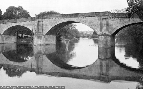 Photo of Kelso, the Teviot Bridge c1950, ref. k55016