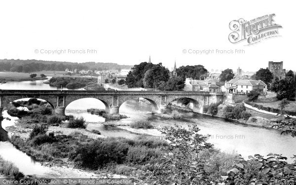 Photo of Kelso, view from Maxwellheugh c1955, ref. k55007