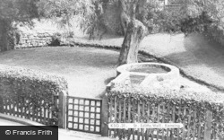 Kemsing, St Edith's Well c.1960