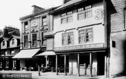 Kendal, Highgate, The Fleece Inn And Clarence Webb's Shop 1914