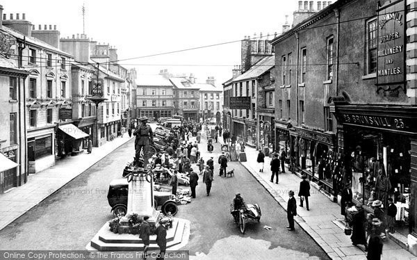 Kendal, Market Place 1924.  (Neg. 75795)  � Copyright The Francis Frith Collection 2008. http://www.francisfrith.com