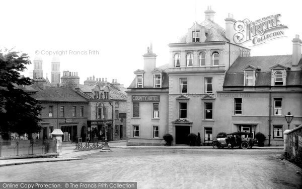 Kendal, the County Hotel 1924