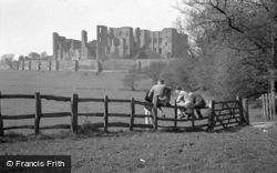 Castle c.1935, Kenilworth