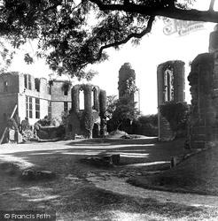 Kenilworth, Castle, From Inner Court 1922