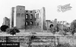 Kenilworth, Castle From North c.1960