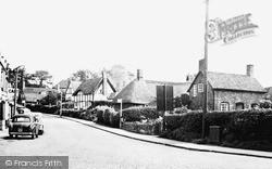 Kenilworth, Castle Hill c.1960