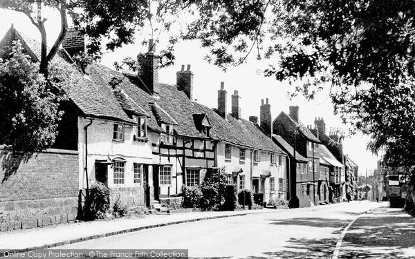 Kenilworth, High Street c1955