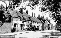 Kenilworth, High Street c.1955