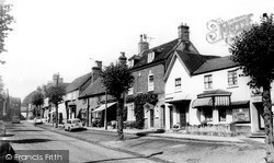 Kenilworth, High Street c.1960