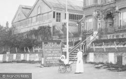 Kenley, Godstone Road, Perambulator 1903