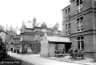Kensington, Infirmary 1904