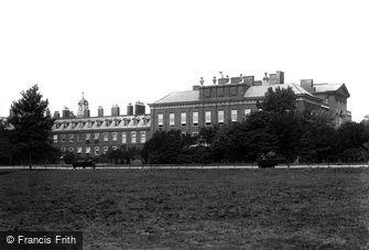 Kensington, Kensington Palace 1899
