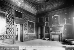 Kensington Palace, Queen Caroline's Drawing Room 1899, Kensington