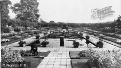 Sunken Gardens, Kensington Place c.1965, Kensington