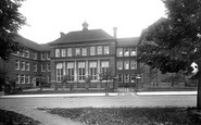 Kettering, Grammar School And High School 1922
