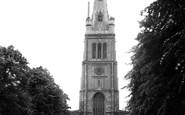 Kettering, Parish Church Of St Peter And St Paul c.1955