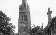 Kettering, St Peter And St Paul's Church And Memorial Cross 1922