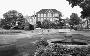 Kettering, Town Hall And Gardens c.1965