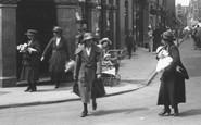 Kettering, Women  1922