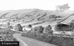 Approaching The Village c.1960, Kettlewell