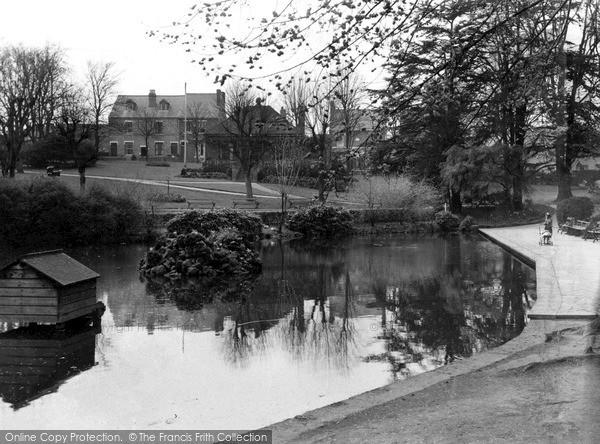 Photo of Kidderminster, Brinton Park c.1950