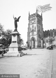 Kidderminster, St Mary's Church And War Memorial c.1960