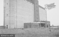 Grain Silo c.1955, Kidlington
