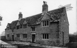 The Almshouses c.1955, Kidlington