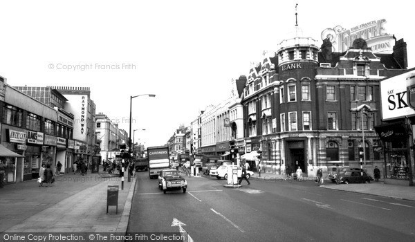 Kilburn, High Road c.1965