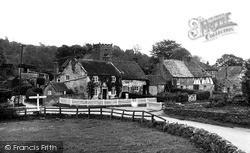The Village 1953, Kilburn