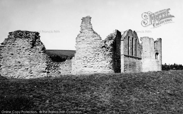 Photo of Kildrummy, Castle 1949