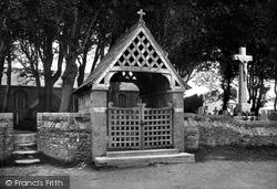 Kilkhampton, Church Lychgate And Cross 1910