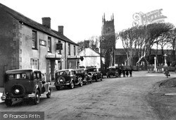 Kilkhampton, London Inn And Church c.1933