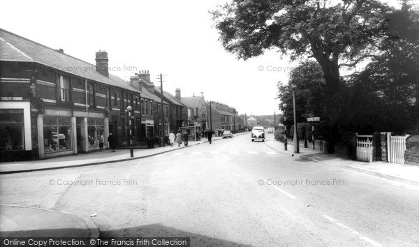 Killamarsh, Sheffield Road c1965