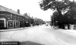 Killamarsh, Sheffield Road c.1965