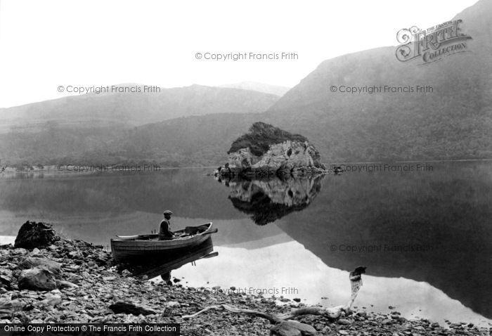 Photo of Killarney, Devil's Island 1897