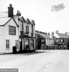 Killay, Commercial Inn c.1955