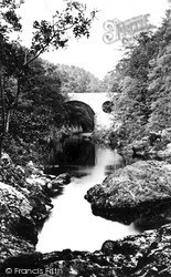 Killiecrankie, The Bridge c.1890