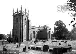 Kineton, St Peter's Church c.1960