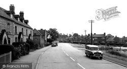 Kineton, Warwick Road c.1965