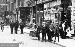 King's Lynn, Children In The High Street 1908