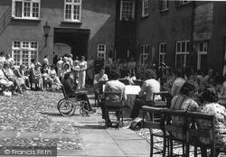 King's Lynn, Hampton Court 1974