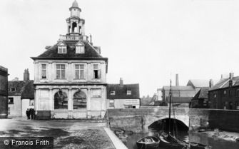 King's Lynn, the Custom House 1898