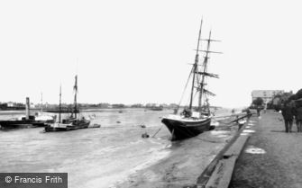 King's Lynn, the Quay 1898
