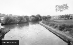 Kings Langley, The Canal c.1965